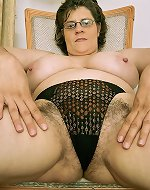 Michelle - Mature Huge Tits, Hairy & Huge Cunt